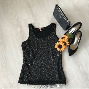 The Limited sequin tank with overlay 🌻